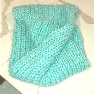 H&M teal infinity scarf!